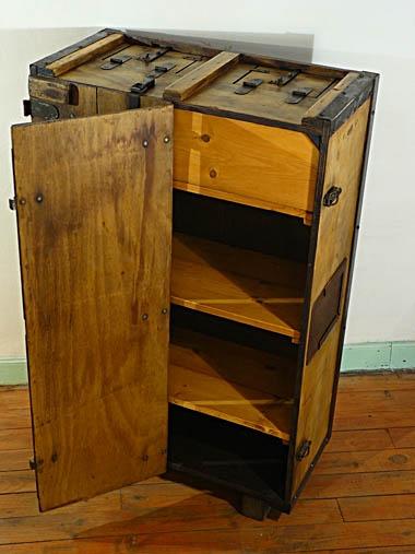 A-box009-4.jpg