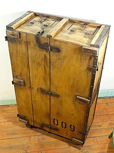 A-box009-1.jpg